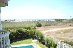 Apartamento en 1ª linea de playa en Guadalmar. ( Torremolinos ) Ref : 418