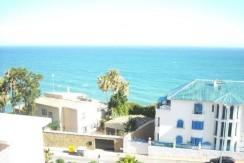 Ático en 2ª línea de playa en Benalmádena Costa. Ref : 419